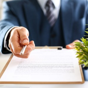 What can be negotiated in LTL Contracts?