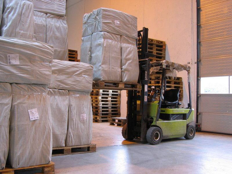 Does LTL Make Sense for Small Business Shipping?